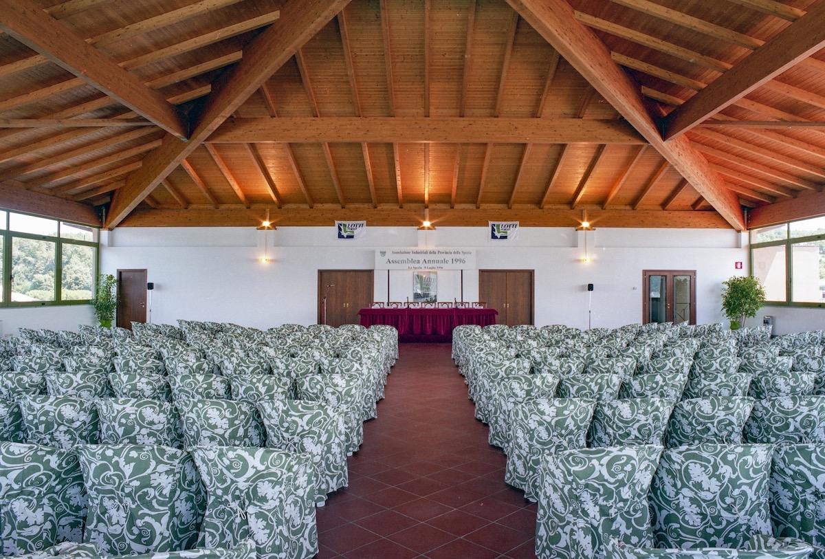 Ampia sala congressi di Porto Lotti a la Spezia